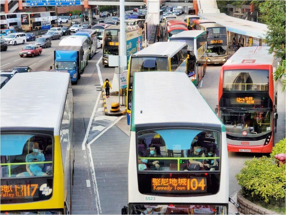 多间巴士公司加价 有乘客称加幅可接受