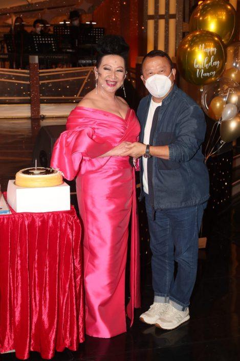 薛家燕71岁生日压轴录影 曾志伟承诺年底再做《流行经典》
