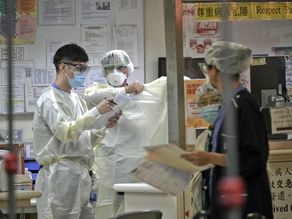 医管局:8名确诊病人情况危殆 11名病人康复出院