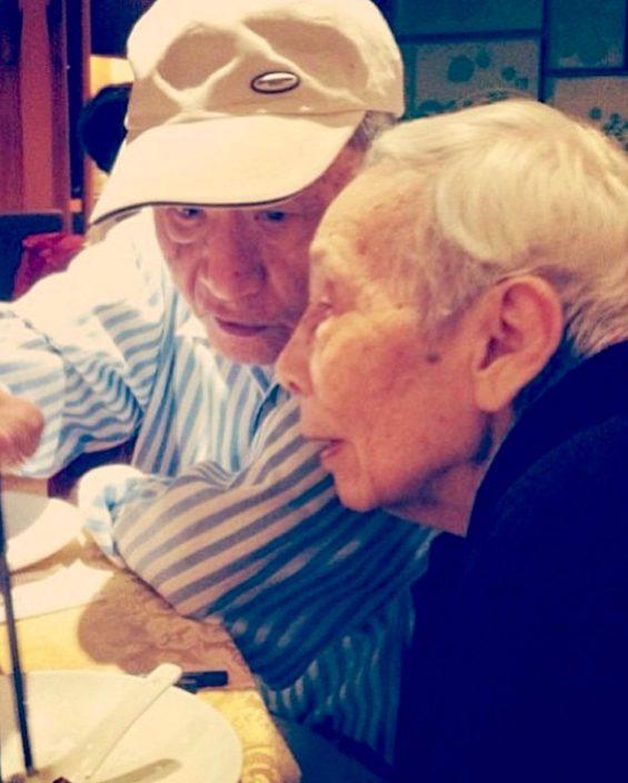 贴旧照悼念公公离世 林德信感恩成长路上有对方陪伴
