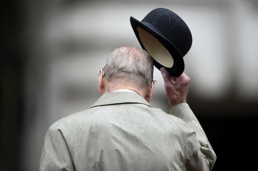 【皇夫逝世】英国国会全体议员默哀 威廉哈里发悼文