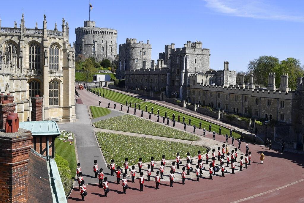 英国菲腊亲王丧礼即将举行 灵柩已移送至温莎堡内厅