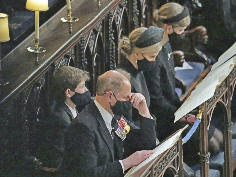 英国菲腊亲王丧礼圣乔治礼拜堂进行 灵柩将下葬于皇家墓园