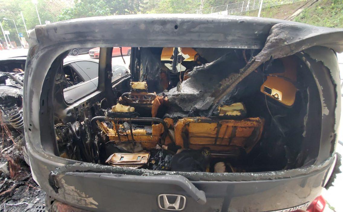 彩云邨3私家车被纵火 其中一车严重烧毁