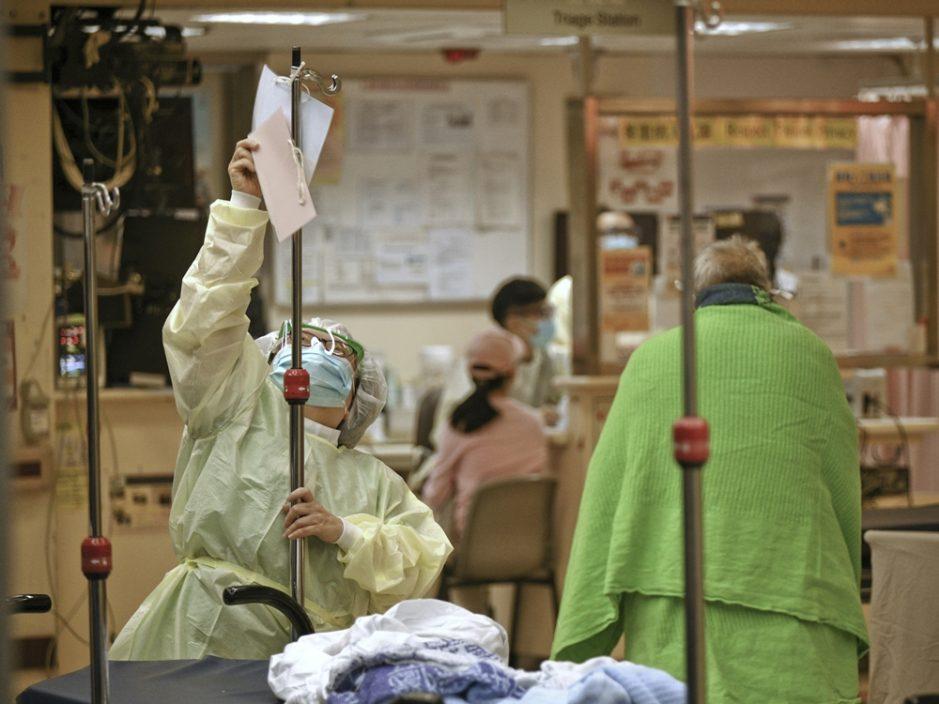 医管局:4名确诊病人情况危殆 11名病人康复出院