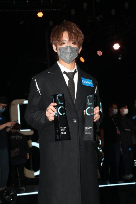 【ViuTV颁奖礼】MIRROR团队及个人共夺8奖    姜涛冇谂过拎男银戥Ian开心