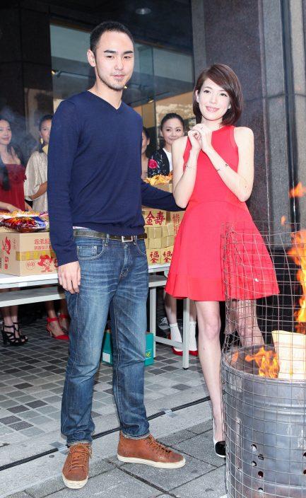 """被爆18年秘婚去年尾分开    许玮宁跟导演男友刘又年""""婚变"""""""