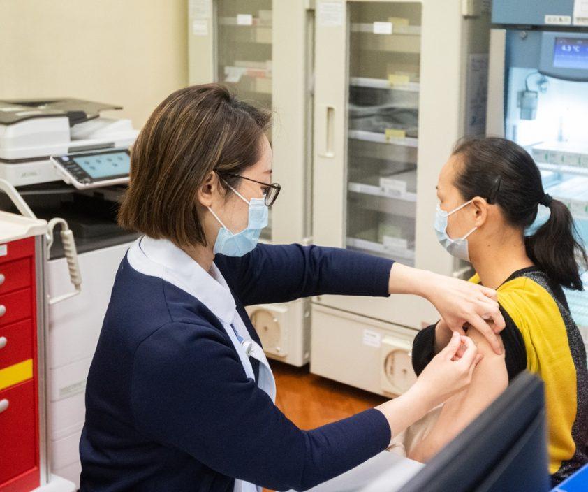 澳门卫生局指接种复必泰疫苗后2周方可捐血