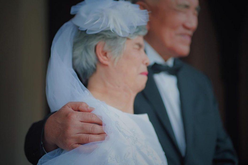 想重游布吉庆结婚5周年   周柏豪自认肉麻爱讲冧妻情话