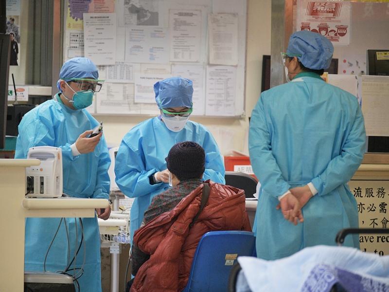 医管局:13名新冠患者康复出院 仍有3人危殆
