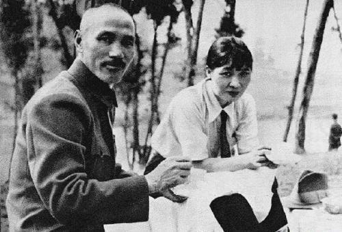 蒋介石的秘密替身有多像?宋美龄也常弄错
