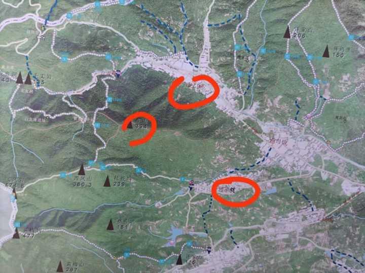 直击寻豹现场:大量警力增援重点搜索区域