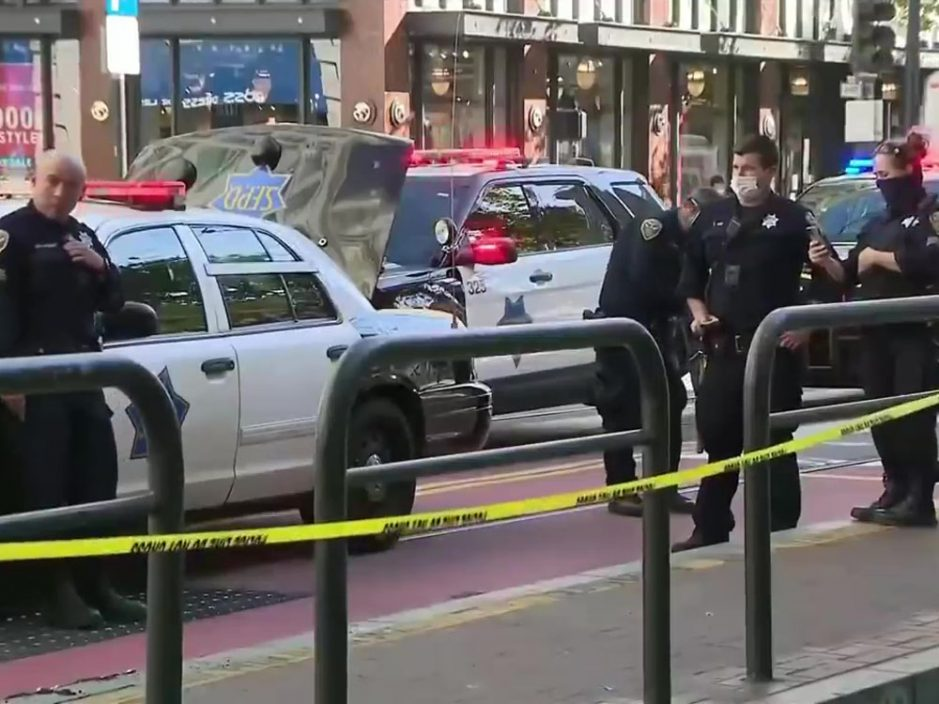 美国三藩市两亚裔老妇等巴士遭刀桶 54岁男子被捕