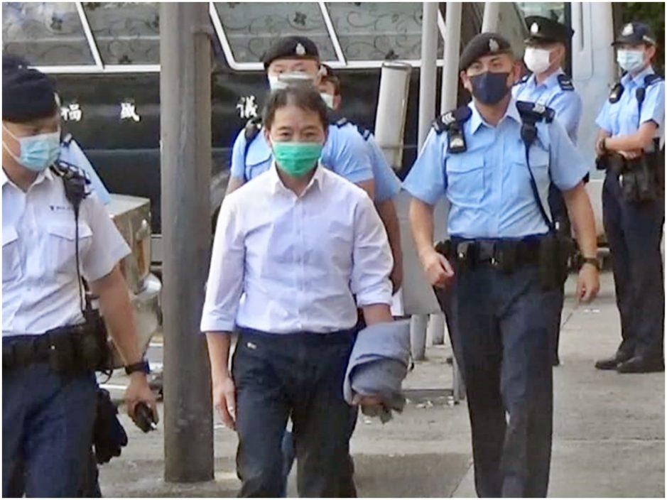 胡志伟准保释奔丧 今早送亡父出殡
