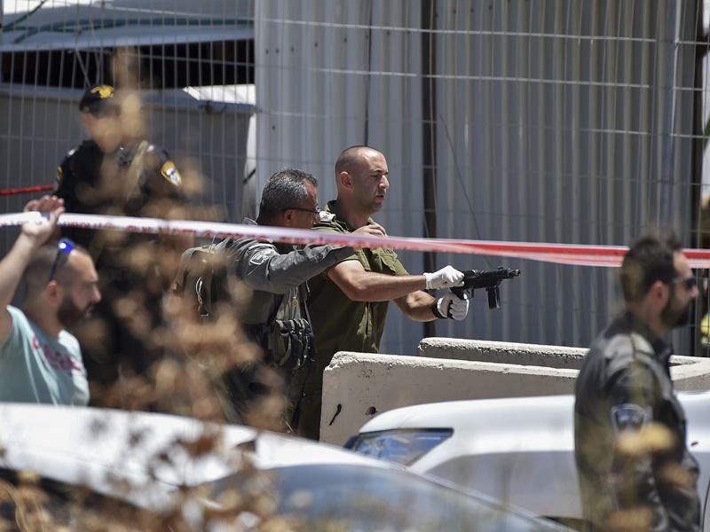 耶路撒冷防暴警与示威者爆激烈冲突 逾百人受伤