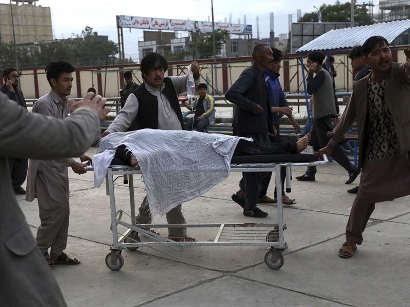阿富汗校外炸弹爆炸逾50死150伤 塔利班否认施袭