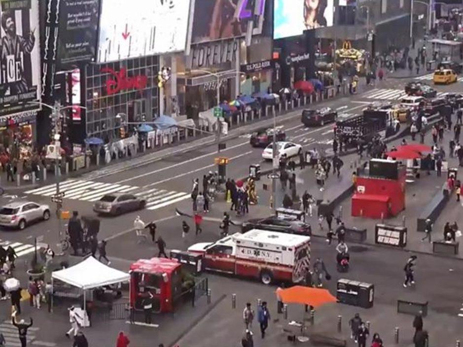 纽约时代广场争执传枪声 3无辜旁人受伤包括4岁童