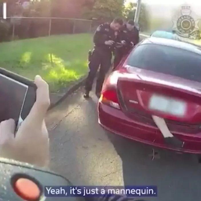 车尾箱露一只脚忧罪案发生路人报警 司机遭罚款惹炒作疑云