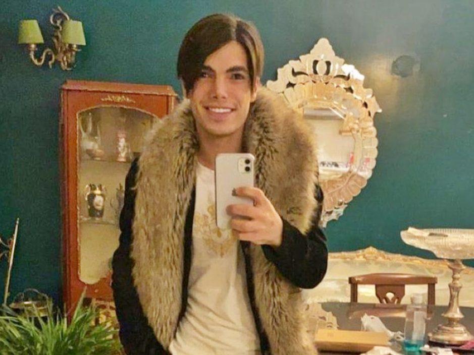 伊朗同性恋青年遭亲人斩首杀死 尸体被弃于荒野