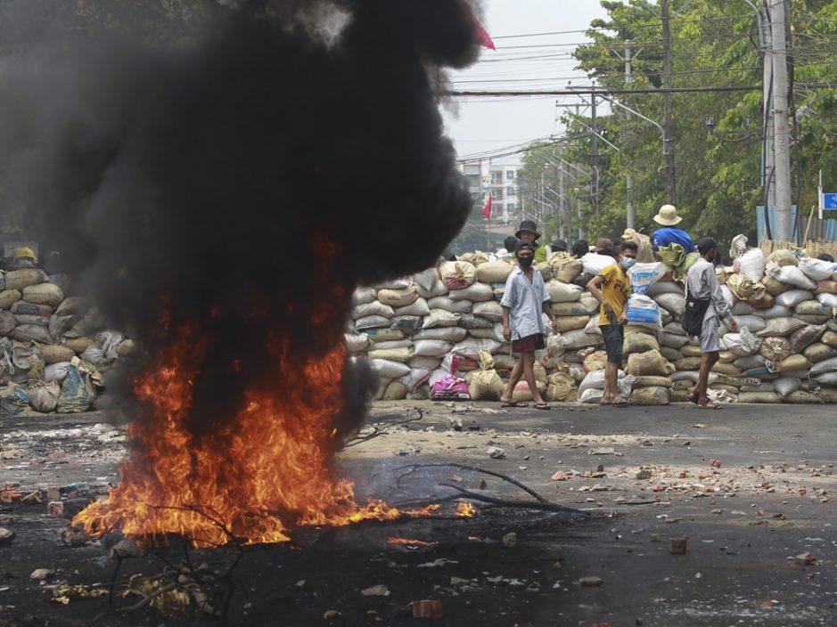 缅甸军与民兵组织再起冲突
