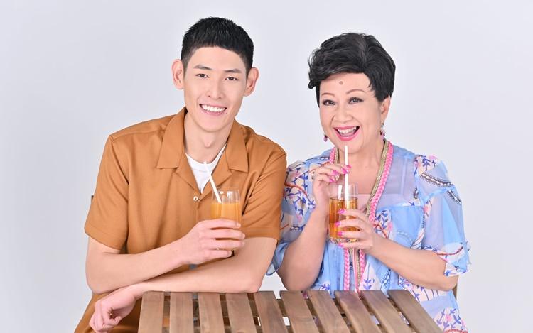 母子档再合作果汁广告 薛家燕伙拍型男流晒口水