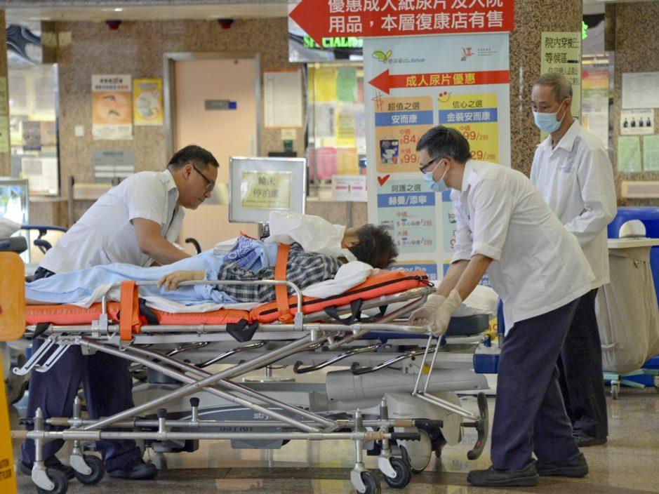 医管局:3名确诊病人康复出院 2人情况危殆