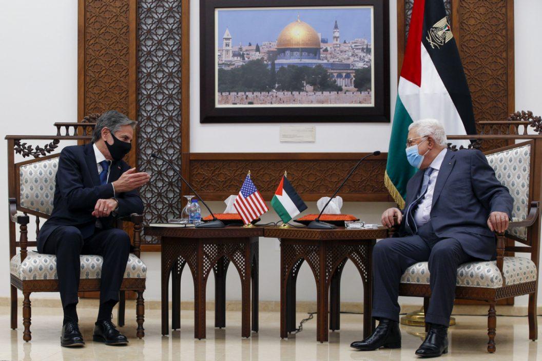 布林肯与巴勒斯坦自治政府主席阿巴斯会面 承诺援助加沙重建