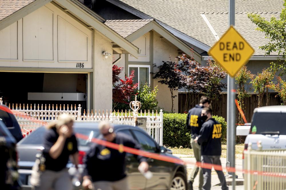 美国圣何塞市爆枪击 枪手击毙8人后自杀亡