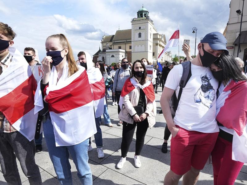 欧洲多国民众示威 声援被捕白俄记者