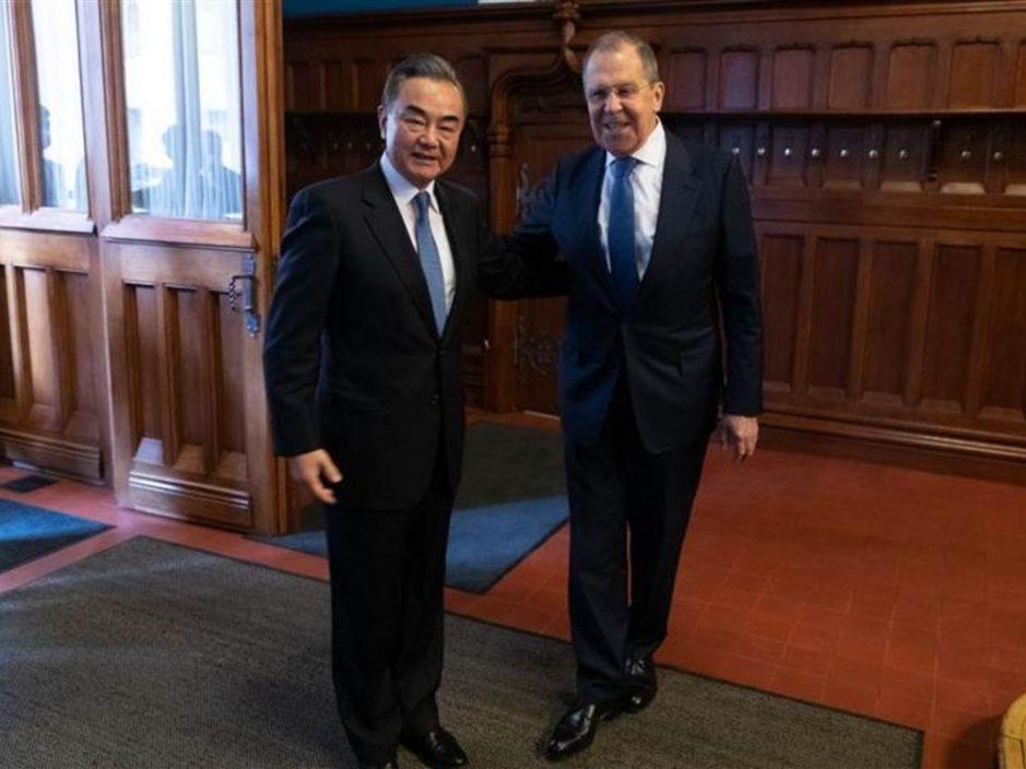 王毅与俄外长通电话 赞扬俄罗斯在多边场合主持公道