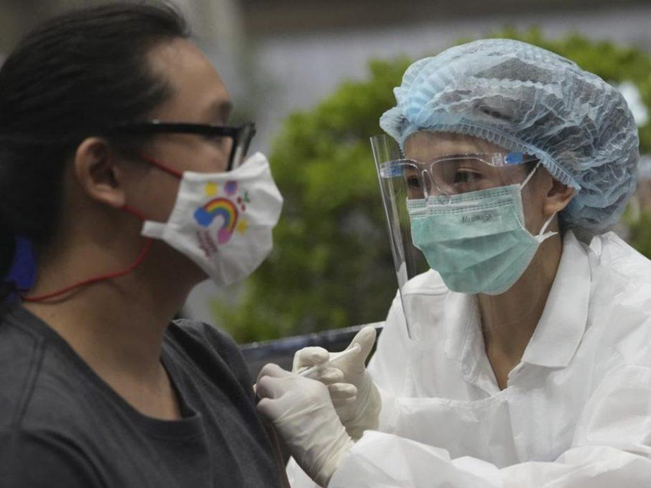 泰国开展广泛疫苗接种 月底目标达600万剂