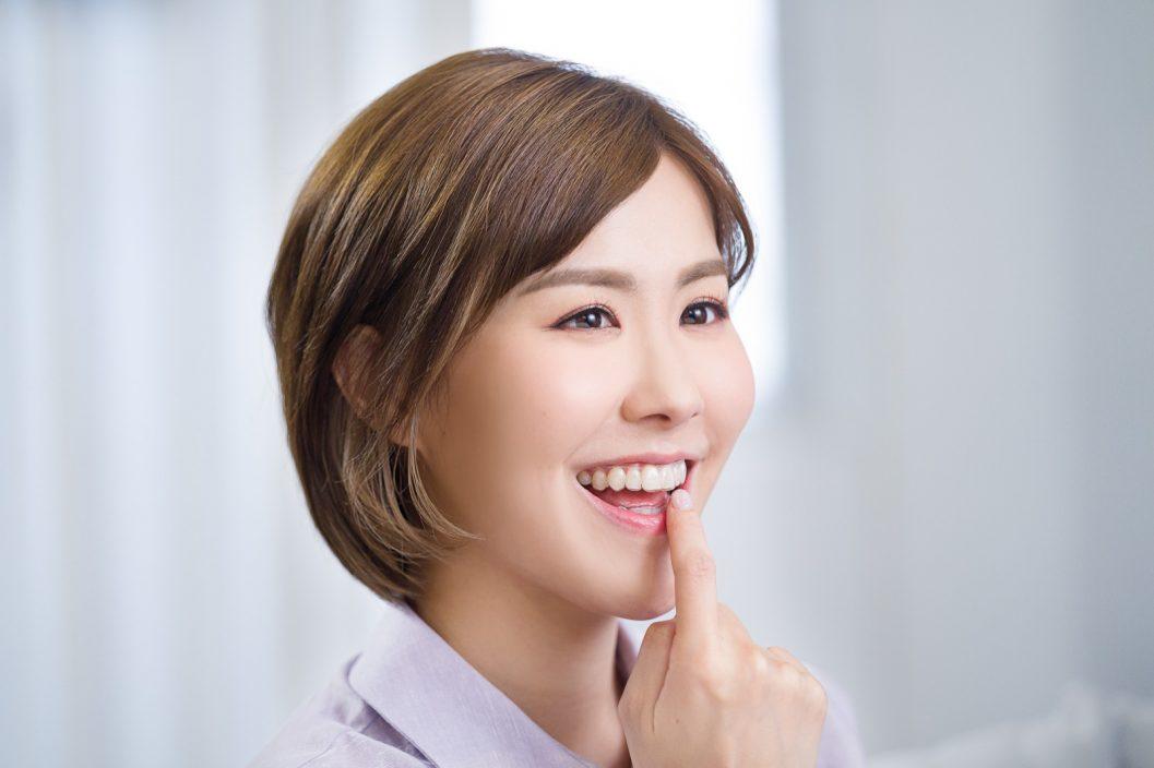 刘佩玥瞓住变靓 升级招牌笑容