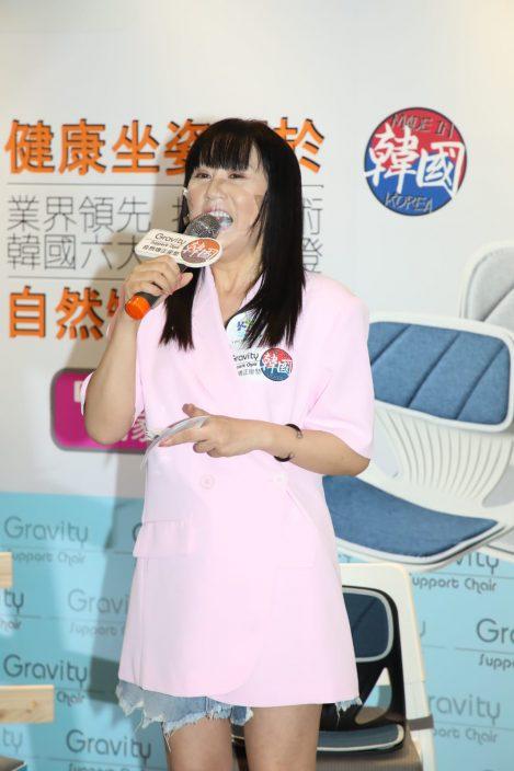 与何远东姊弟档商演 江欣燕避暑休息两个月
