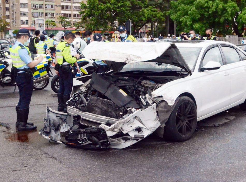 大涌桥路车辆酿1死8伤 警:将调查灯号情况及戴安全带情况等