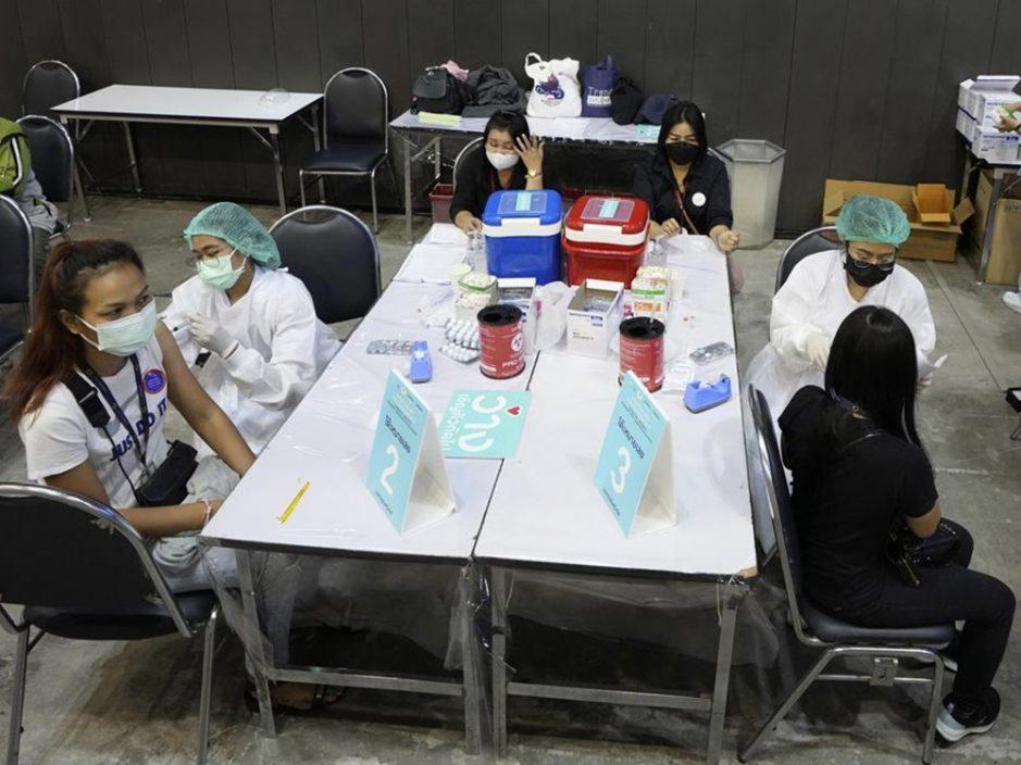 曼谷疫情受控 美容及按摩业重新营业