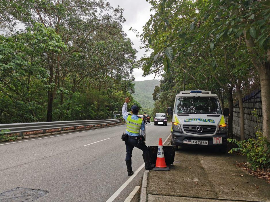 警打击大屿山南假禁区纸 19名司机涉行使虚假文书被捕