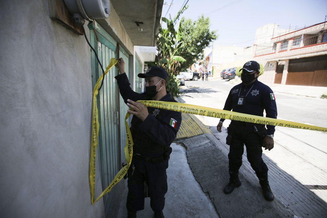 墨西哥杀人疑犯家地底 被挖出逾3千块骸骨料至少17人遇害