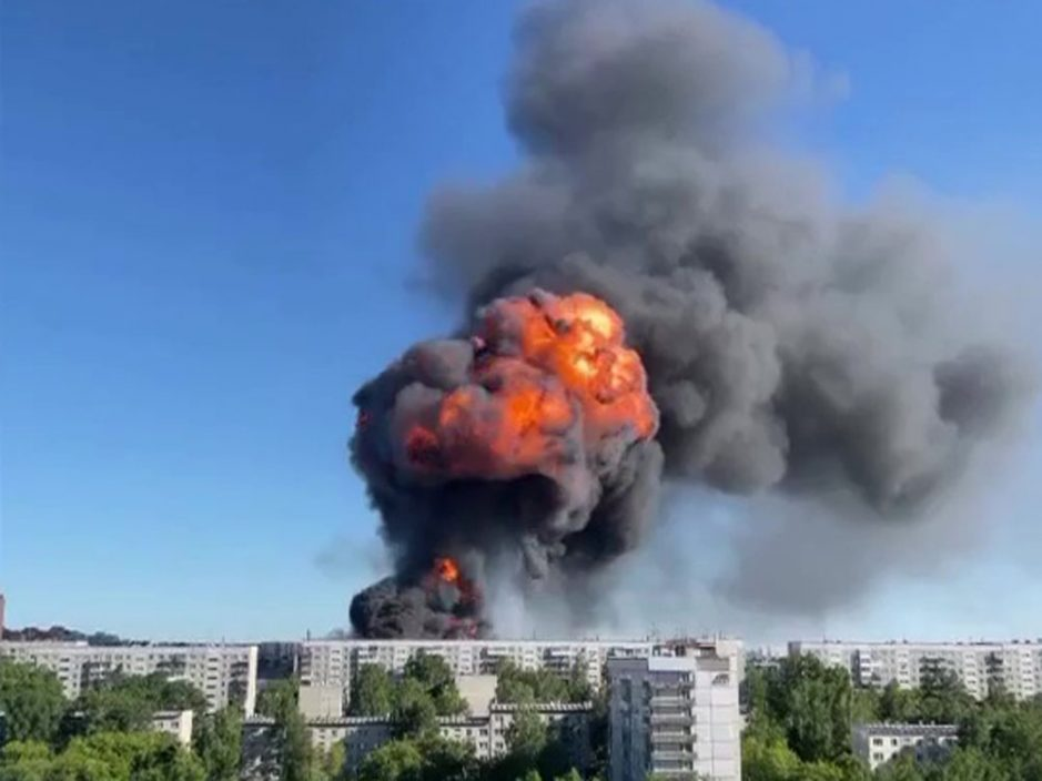 俄罗斯加油站爆炸现巨大蘑菇云 至少25人伤