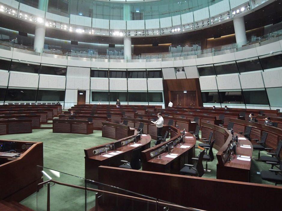 立法会大会辩论议案 促政府延续支援失业者