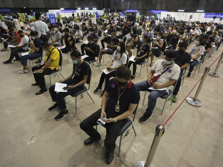 泰国拟120天内全面重开边境 接种疫苗旅客免隔离
