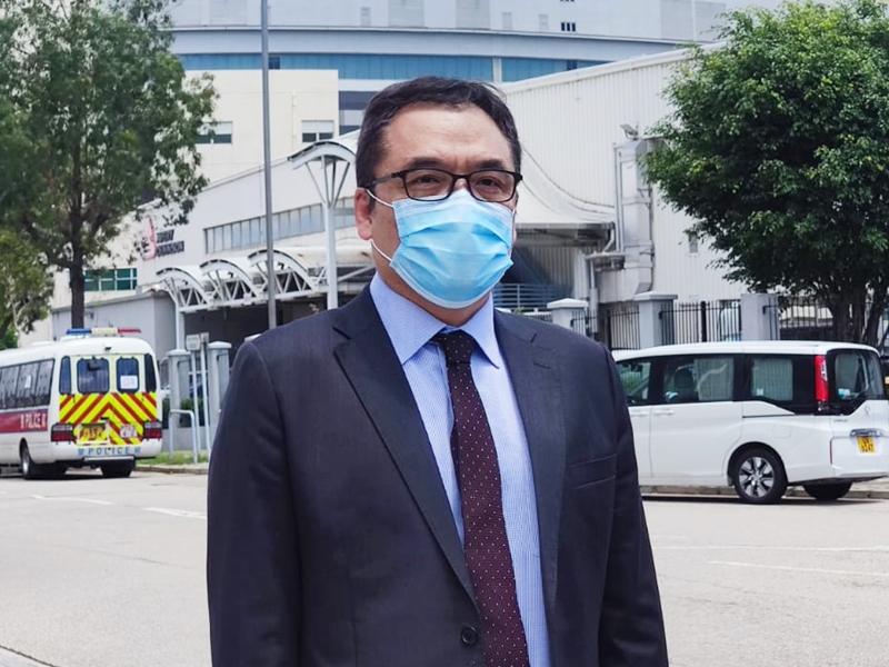 警方指《苹果》数十篇文章吁外国制裁香港及中国 5名高层被捕