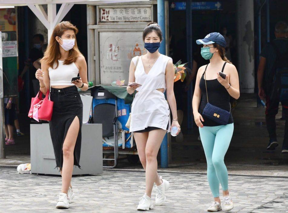 日间酷热 最高33度