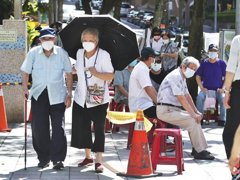 台湾新增187宗本土确诊 再多21人不治