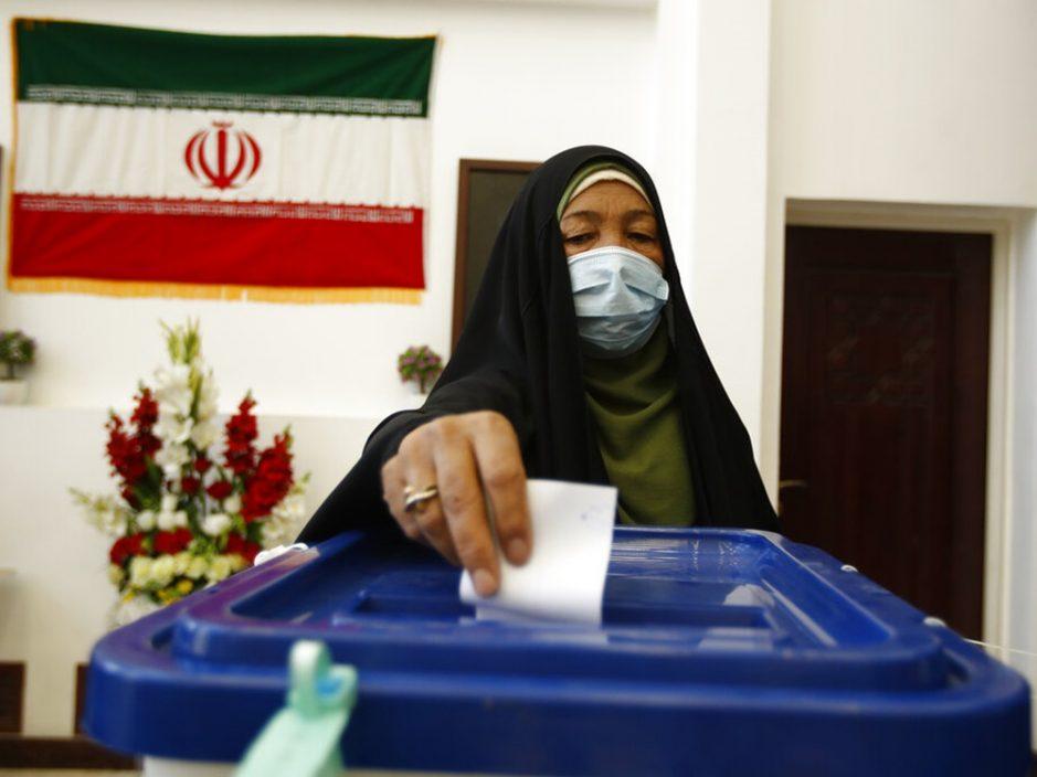 伊朗大选开始投票 料投票率仅约四成