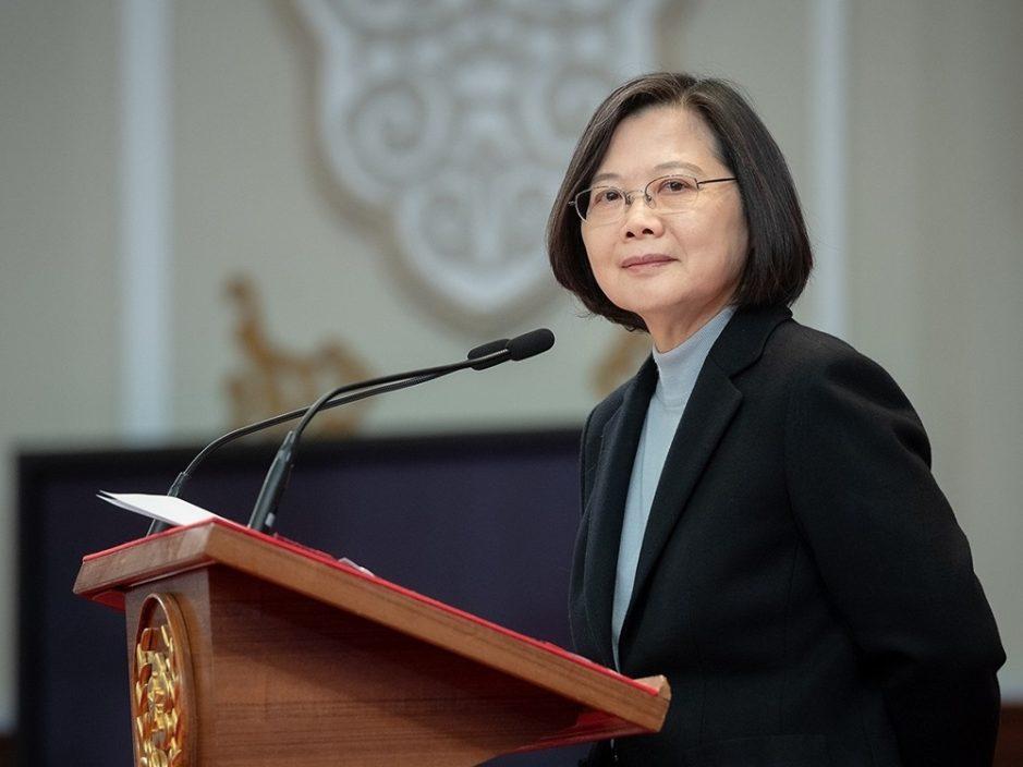 台湾采购1000万剂复必泰疫苗 蔡英文要求原厂制造包装