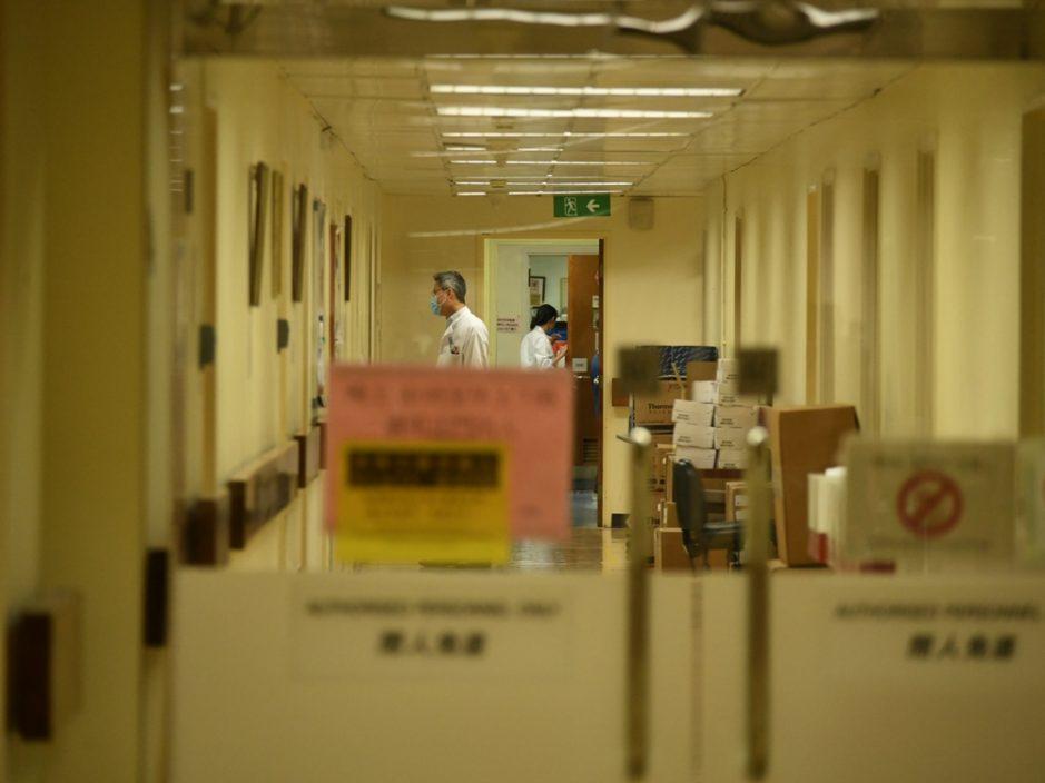 医管局:1名确诊病人情况危殆 2名病人康复出院