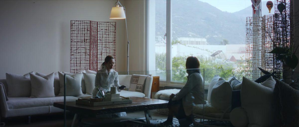 闺蜜客串踢爆有外遇   关心妍《爱的告别式》MV造型似拍鬼片