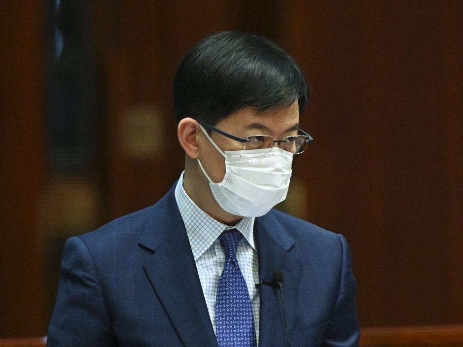 陈振英:汇丰银行修订条款与《港区国安法》无关