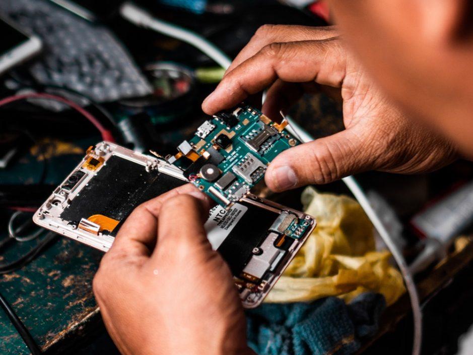 内地芯片荒加剧 有企业需减少接单