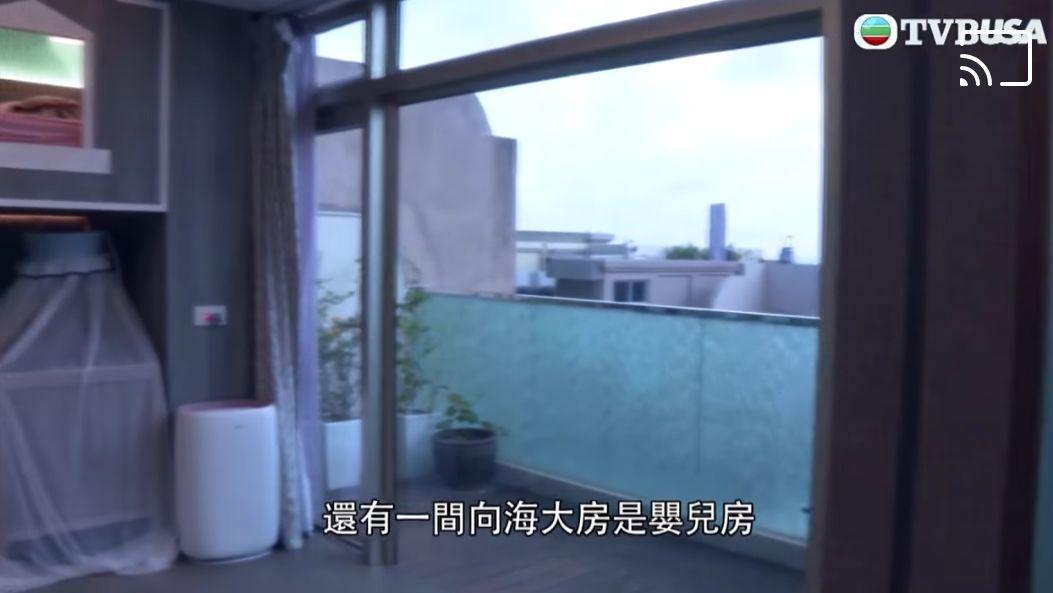 洒泪否认系难顶雇主 蔡一凤展示七千呎豪宅力证有善待家佣